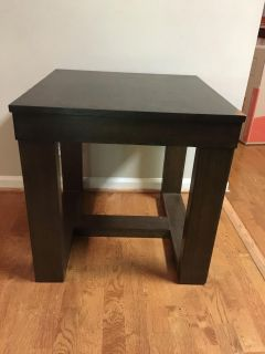 End table great condition from Ashley Furniture
