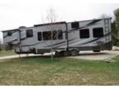 2014 CrossRoads RV Elevation Toy Hauler in Kimball, MI