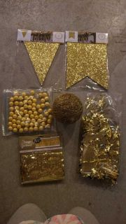 Gold party lot!