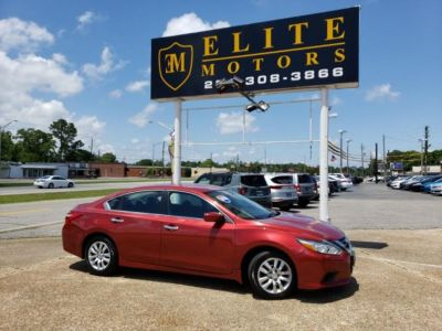 2016 Nissan Altima 2.5 S (Red)