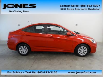 2015 Hyundai Accent GLS (Boston Red Metallic)