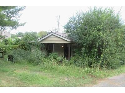 2 Bed 1 Bath Foreclosure Property in Rossville, GA 30741 - Ross St