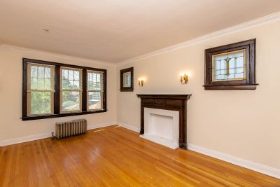 Newly rehabbed 1bed in Oak Park- Heat Included - Stainless Steel Appliances