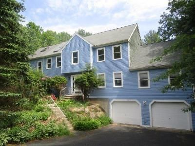 4 Bed 3.5 Bath Foreclosure Property in Amesbury, MA 01913 - Morse Croft Ln