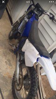 Yz250 dirt bike