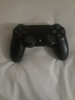 Almost new ps4 controller