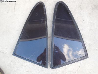 Porsche 911 / 912 Rear Vent Windows (Tinted)
