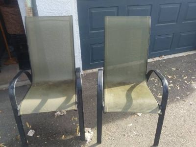 2 olive green Canvas Lawn Chairs