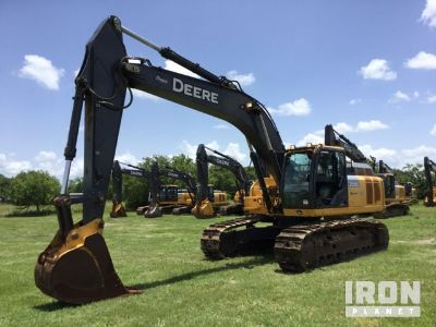 2015 John Deere 300G LC Track Excavator