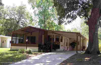 2789 KINGSWOOD Circle Brooksville Two BR, Nice home in friendly