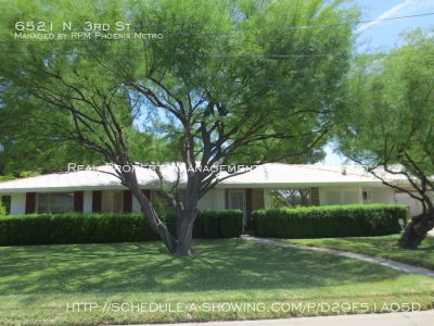 RANCH STYLE HOME ON HUGE LOT!!!