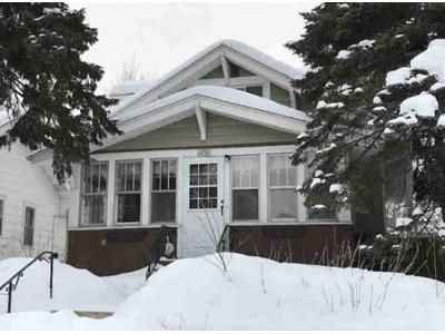 3 Bed 2 Bath Foreclosure Property in Saint Paul, MN 55108 - Almond Ave