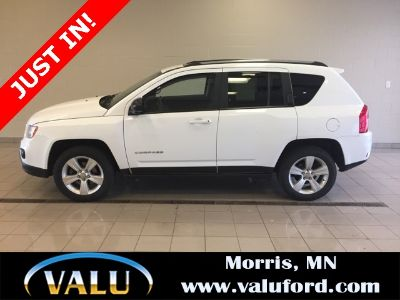 2013 Jeep Compass Latitude (Bright White Clearcoat)