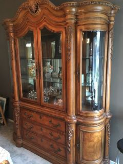Beautiful China Hutch