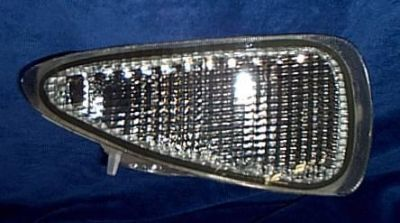 Sell R bumper CLEAR LIGHT Lamp LIGHT 95-99 CAVALIER RS Z-24 motorcycle in Saint Paul, Minnesota, US, for US $24.75