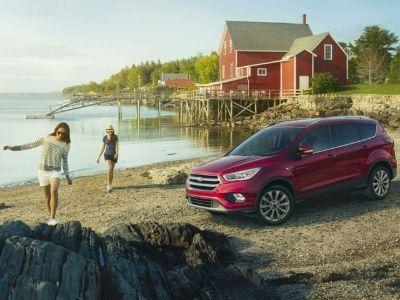 2018 Ford Escape SEL (Ingot Silver)