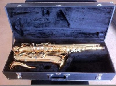 $1,200 OBO Tenor Saxophone for sale