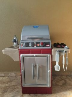 NEW Little Tikes Backyard Barbecue Grill
