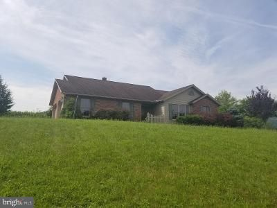 2 Bed 1 Bath Foreclosure Property in Landisburg, PA 17040 - Sheaffers Valley Rd