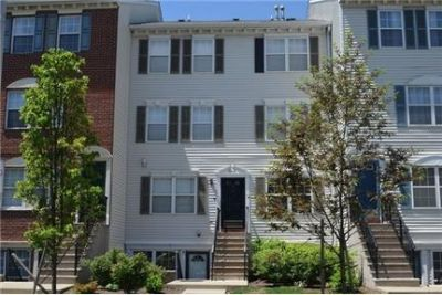 A Must-See Duplex in the Heart of Downtown Newark!
