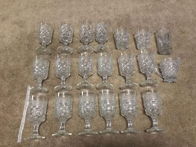 Total of 20 crystal glassware
