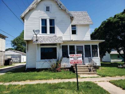 2 Story Single Family W/Detached Garage $15,900! Just Lowered