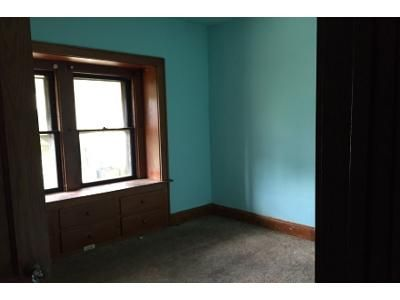 4 Bed 3 Bath Foreclosure Property in Akron, OH 44314 - 9th St SW