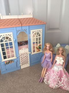 Barbie Dolls With House And Car