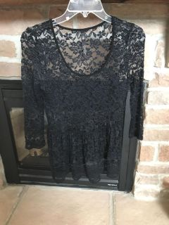 Jrs Jessica Simpson lacy top x-small
