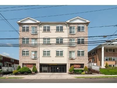 2 Bed 2 Bath Foreclosure Property in Elizabeth, NJ 07202 - S Broad St Apt 406