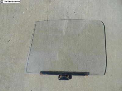 Volkswagen Beetle Passenger Door Glass