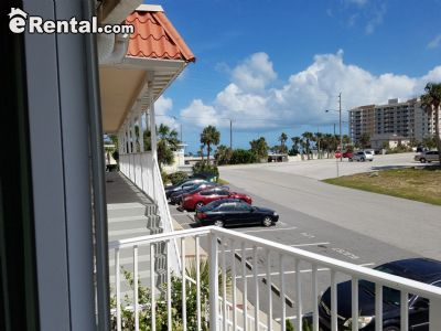 $2000 2 apartment in Volusia County