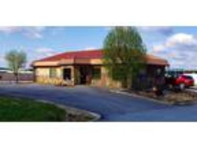 PRIME COMMERCIAL LOCATION FOR SALE OR LEASE at ROUGH RIVER LAKE!