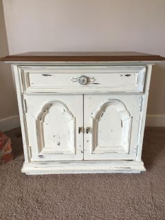 End table painted w chalk paint.
