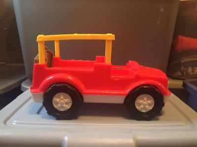 Fisher price little people jeep/truck