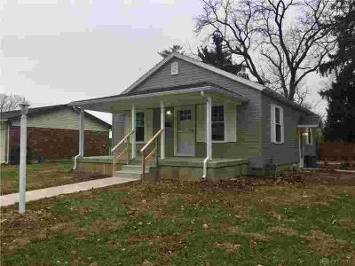 1111 N Maple Street Eaton Three BR, READY TO MOVE IN!