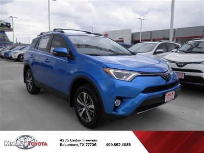 2018 Toyota RAV4 XLE (blue)