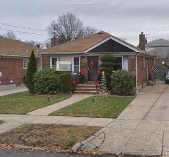 ID#: 1349992  Whitestone Whole House Ranch For Rent!