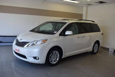 Used 2017 Toyota Sienna FWD 8-Passenger (Natl)