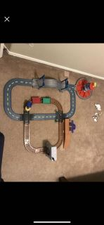 Paw Patrol launch roll/ adventure bay road Rail Track Motorized Train Racers