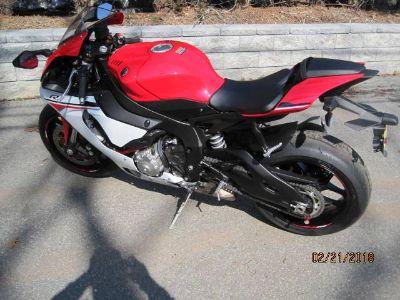 2015 Yamaha YZF-R1 Sport Motorcycles Metuchen, NJ