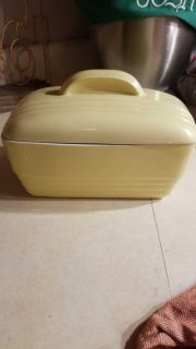 Vintage Hall Canary Yellow l9af pan 1950
