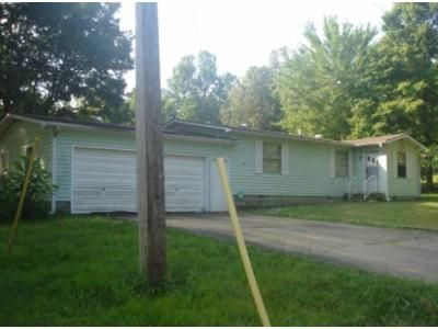 3 Bed 2 Bath Foreclosure Property in Hardin, KY 42048 - Treasure Island Rd