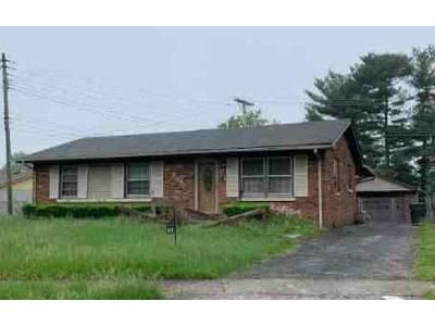 4 Bed 2.5 Bath Foreclosure Property in Lexington, KY 40505 - Foxcroft Ct