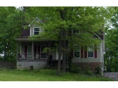 3 Bed 1.5 Bath Foreclosure Property in Florence, AL 35634 - Waters Edge Dr