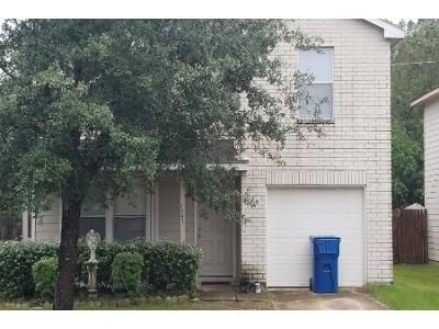 3 Bed 2.0 Bath Preforeclosure Property in Humble, TX 77338 - Kennemer Dr