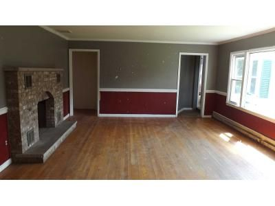 4 Bed 2 Bath Foreclosure Property in Poughkeepsie, NY 12603 - Cochran Hill Rd