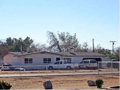 3 Bed 1.5 Bath Foreclosure Property in Apple Valley, CA 92307 - Pawnee Rd