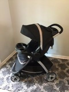 Graco Click Connect Stroller (5 months old)