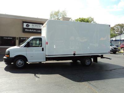 2018 GMC Box Van